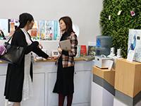 銷售總監與客戶談芳療心得